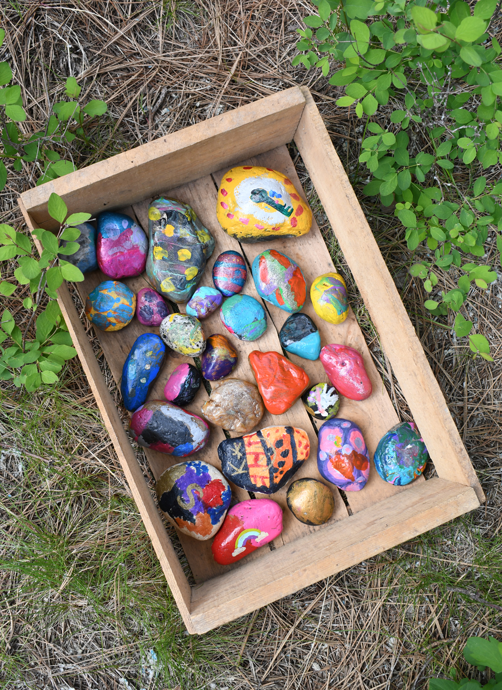 Hide painted rocks #CDArocks things to do in Coeur d'Alene