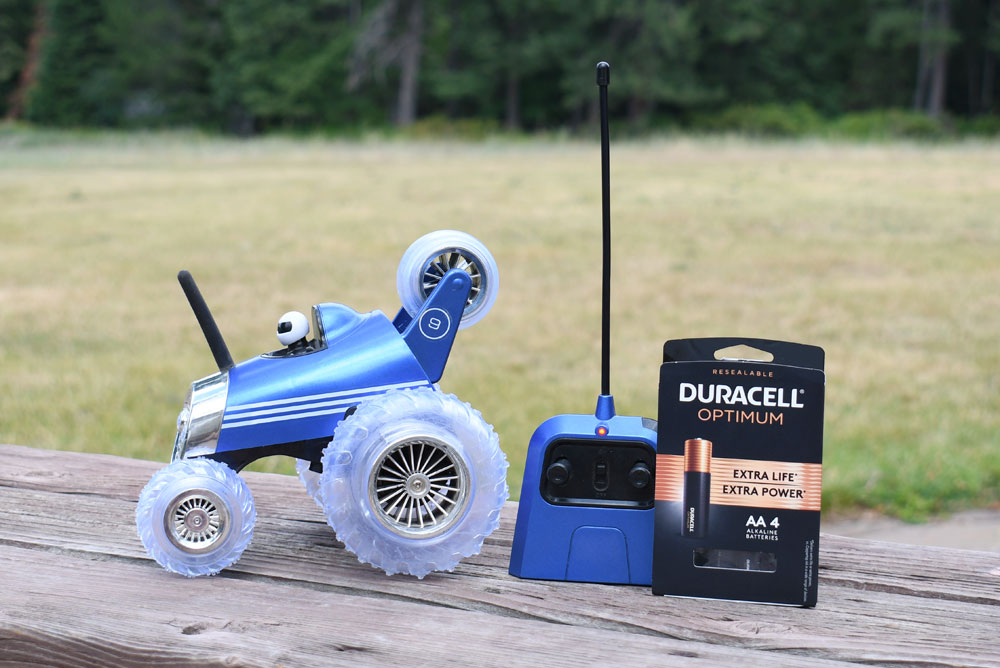 Efficiently power remote control toys Duracell Optimum batteries
