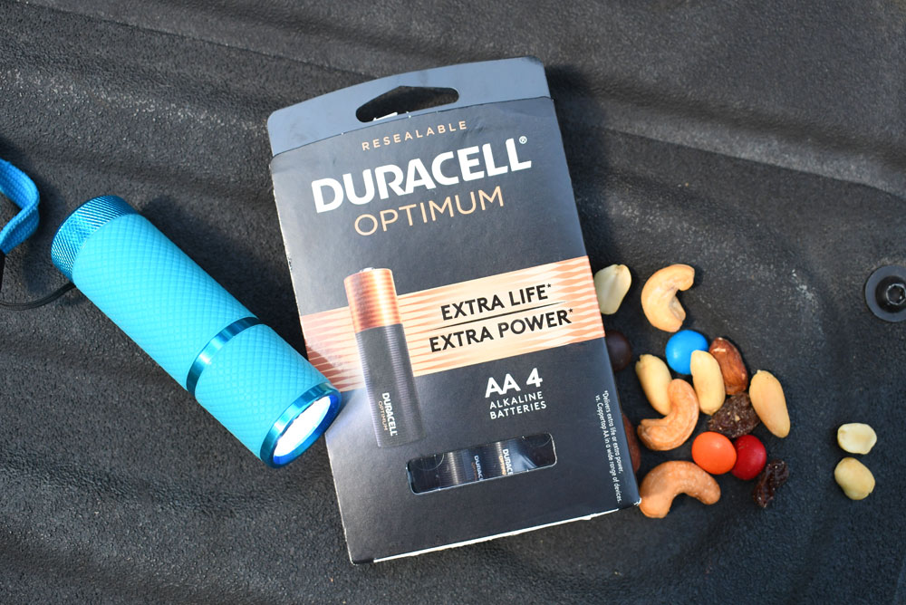 Duracell Optimum batteries effectively power flashlights on family camping trips