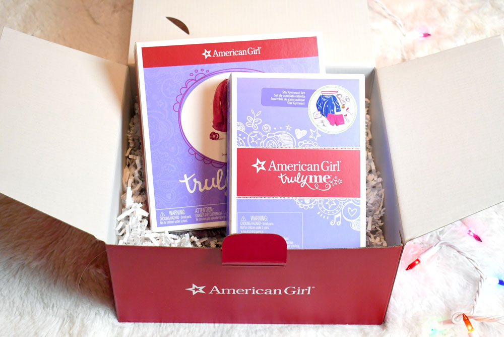 American Girl gift box Confidence Play Pack: Gymnastics/Skating