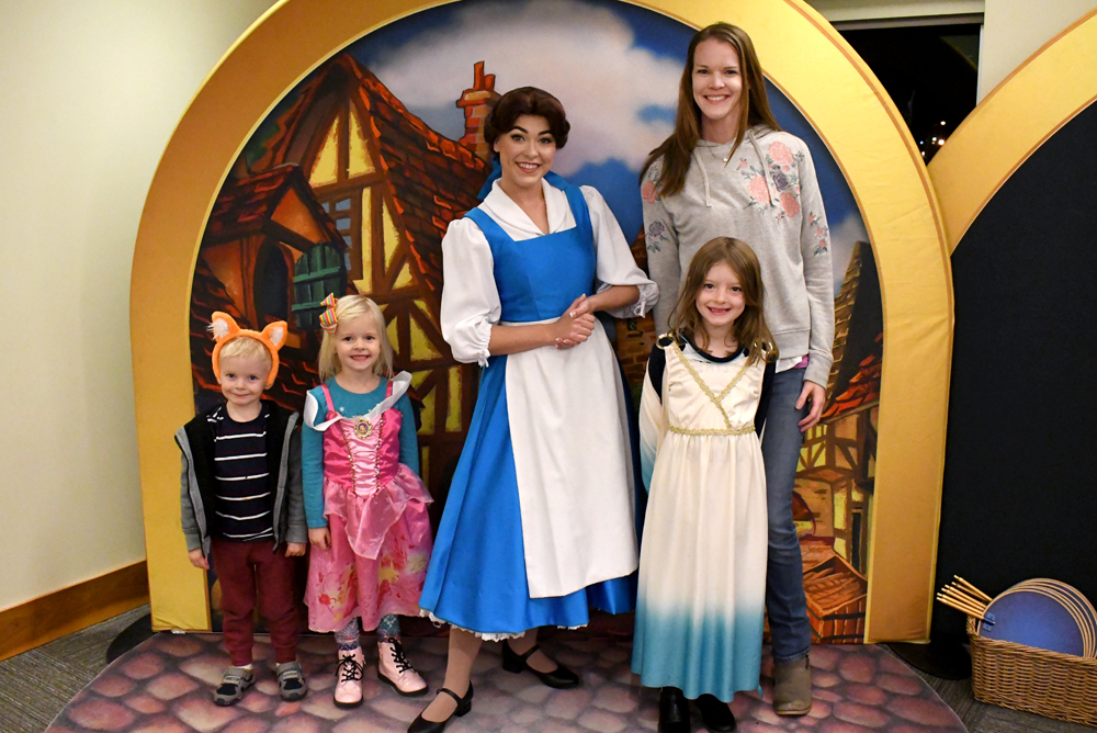 Disney on Ice Storytime with Belle