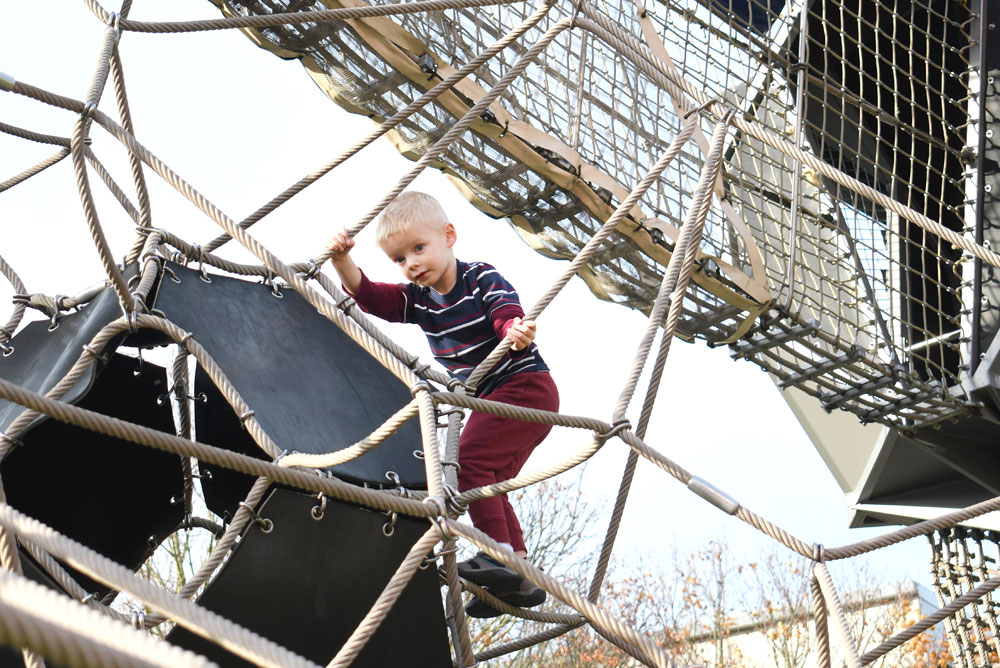 Artists at Play climbing structure places to go with kids in downtown Seattle