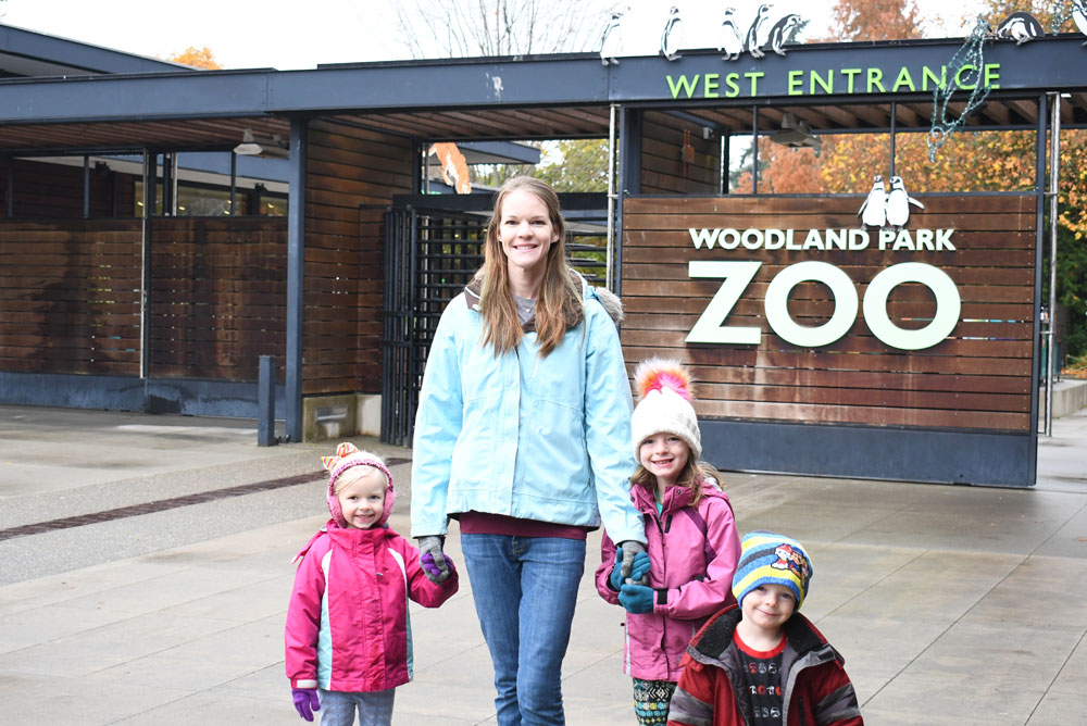 Woodland Park Zoo places to go with kids in downtown Seattle