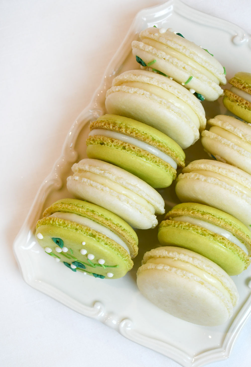 How to make perfect homemade macarons with sprinkles